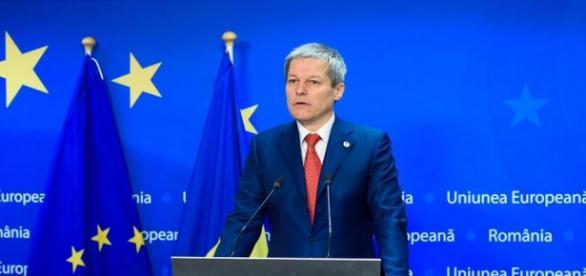 Premierul Dacian Cioloş absent sau nu?
