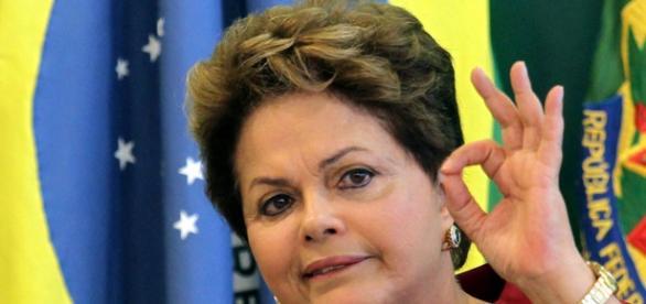 Presidente do Brasil assina projeto que expande ensino superior