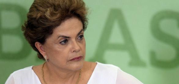 Tem continuidade, hoje, processo de impeachment, apesar das atrapalhadas de Maranhão.
