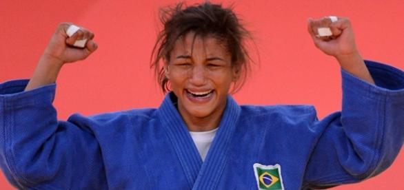 Sarah Menezes vai em busca do bi olímpico