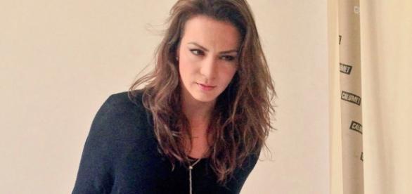 Silvia Navarro é um sucesso na TV mexicana.