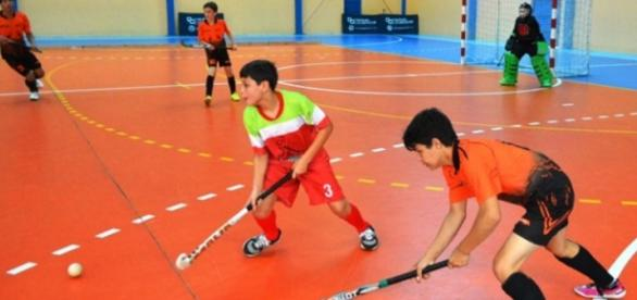 Meninos do Henrique Stodieck, de verde e vermelho, são campeões brasileiros