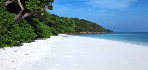 Playa en la isla de Koh Tachai