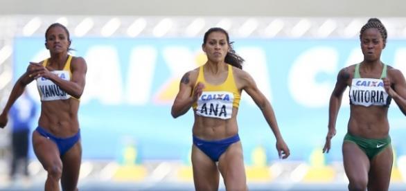 Ana Cláudia Lemos é velocista no esporte