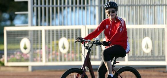 Dilma pedalando em Porto Alegre neste final de semana