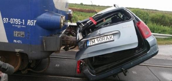 Un grav accident pe calea ferată s-a produs sâmbătă dimineață
