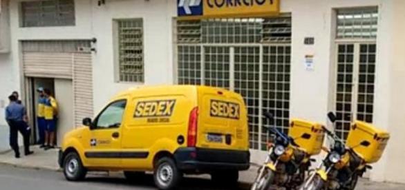 Governo quer vender cotas dos Correios ao capital privado