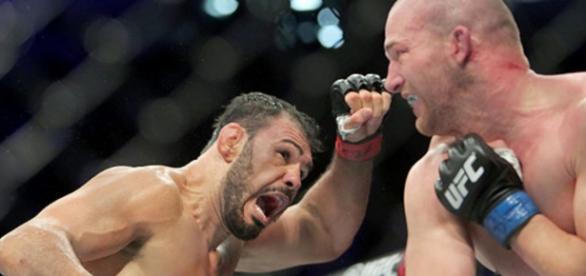 Minotouro se dá muito bem no UFC 198