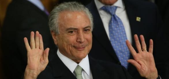 Hashtag '#ForaTemer' foi um dos termos mais citados no Twitter (Foto: Marcello Casal Jr /Agência Brasil)