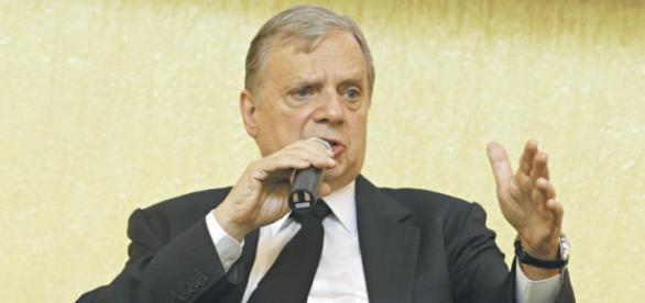 Senador Tuca diz que presidencialismo de coalisão faliu