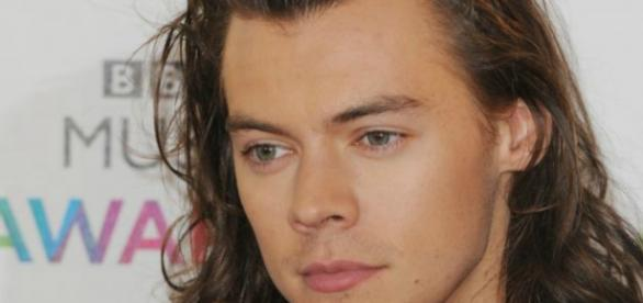 Harry Styles cortou seu longo cabelo