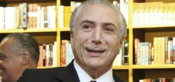 Michel Temer e o bom português - Imagem: Google