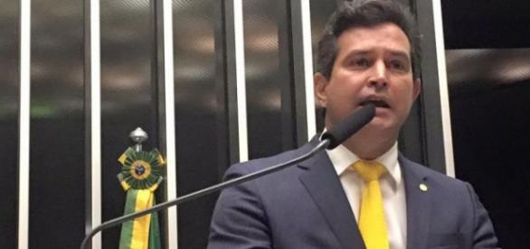 Atual Ministro dos Transportes foi condenado por desvios na verba de merenda.