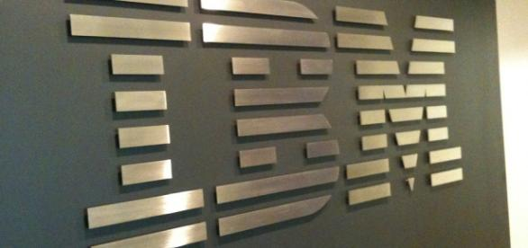 Picture of the IBM logo (Flickr/ Michael Cote)