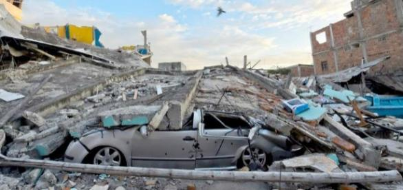 Un nuevo sismo atiza Ecuador con una magnitud 6,8