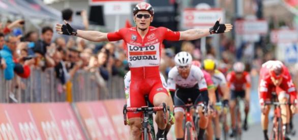 André Greipel celebra su tercera victoria en la 99 edición del Giro de Italia