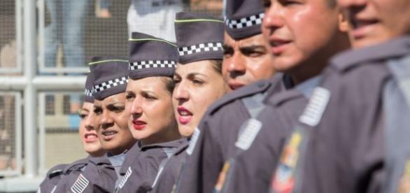 Candidatos a oficiais da PM da Paraíba poderão usar as notas do Enem 2016 para ingressar na instituição.