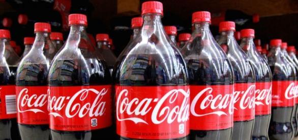 Coca Cola obligada a detener su producción en Venezuela