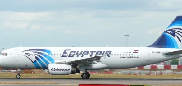 El avión transportaba a 56 pasajeros y 10 tripulantes
