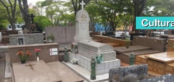 Jazigos contam um pouco da história de São Bernardo