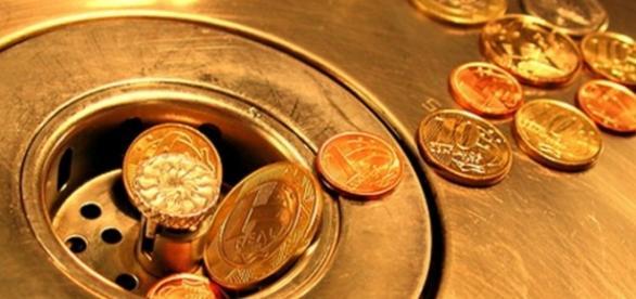 O déficit público chega a R$170,5 bilhões.