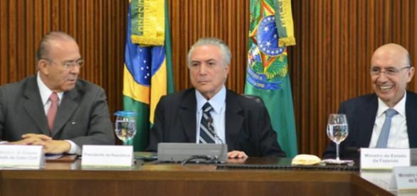 Temer quer revelar a 'herança maldita' deixada por Dilma