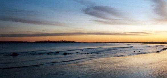 Coucher du soleil sur une plage de l'Algarve