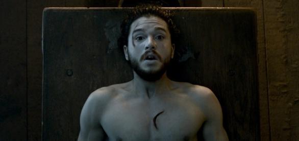 Jon Snow acorda, mas ainda será ele mesmo? (Foto: Divulgação/HBO)
