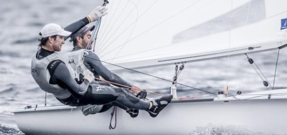 Juan de la Fuente y Lucas Calabrese se subieron al podio en la tercera fecha de la Copa del Mundo de vela en Francia