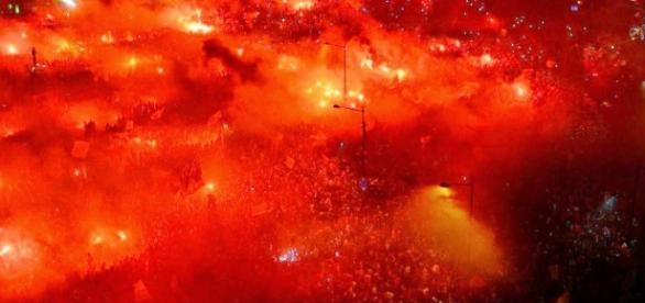 Benfica pode juntar Taça da Liga ao tri-campeonato