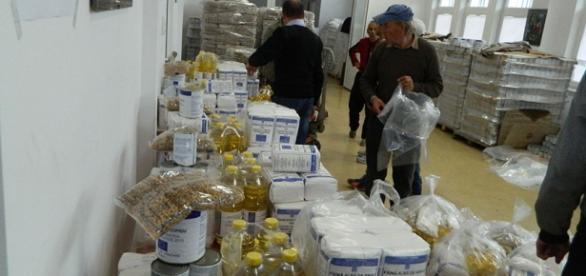 În 2016 românii săraci vor primi cotă dublă de ajutoare alimentare