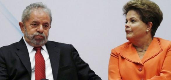 Lula coloca a culpa na conta de Dilma