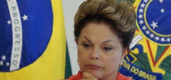 Visita a Dilma Rousseff só se for autorizada
