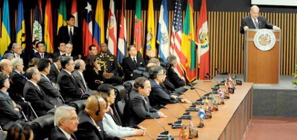 Foto: Arquivo Globovision - Vários países apoiaram a nova fase política do Brasil