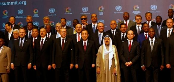 Lideres mundiales en la primera Cumbre Mundial Humanitaria