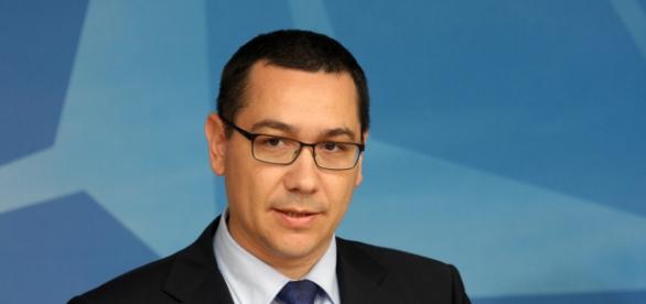 Ponta declanșează un atac fără precedent la Guvern