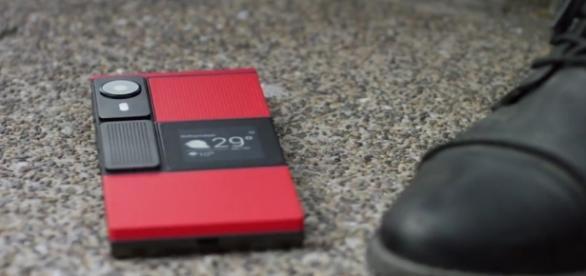 Ara: What's next? O smartphone que você configura do seu jeito