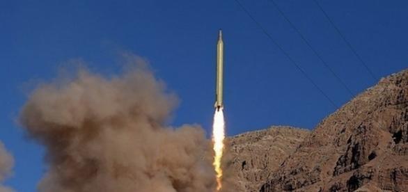 Racheta balistica a Iranului, cu raza medie