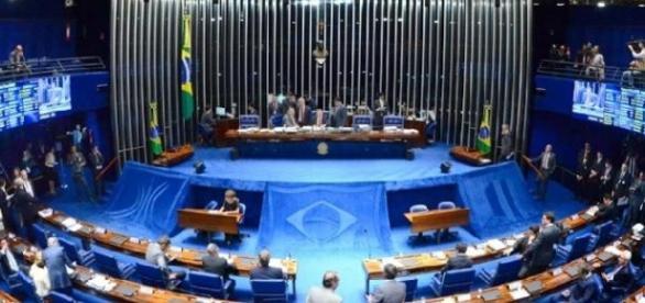 Clima no Senado ferve após gravações divulgadas pela Folha de São Paulo (Fonte: R7)