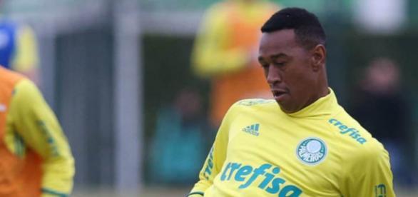 Fabrício foi apresentado no Palmeiras