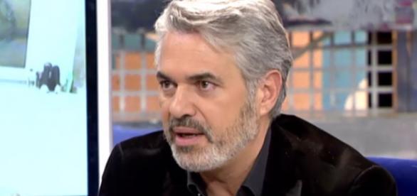 Agustín Bravo entrevistado en un programa de televisión