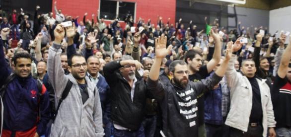 Metroviários em assembleia nesta terça-feira. Foto: Sindicato dos Metroviários de São Paulo