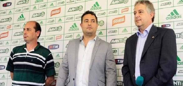 Paulo Nobre, Alexandre Mattos e Cícero Souza (Foto: Cesar Greco/Ag Palmeiras/Divulgação)