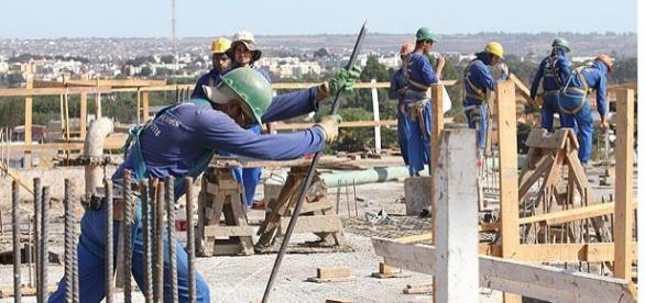 Vários empregos na capital do Brasil