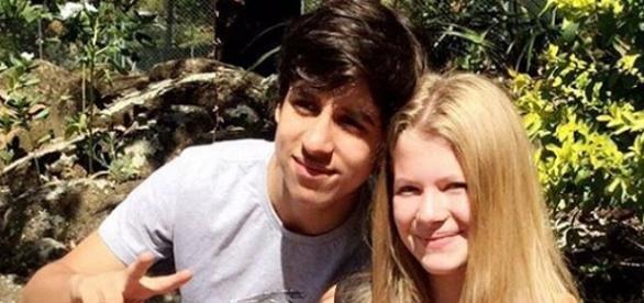 Luckas Moura e Julia Simoura estão namorando.