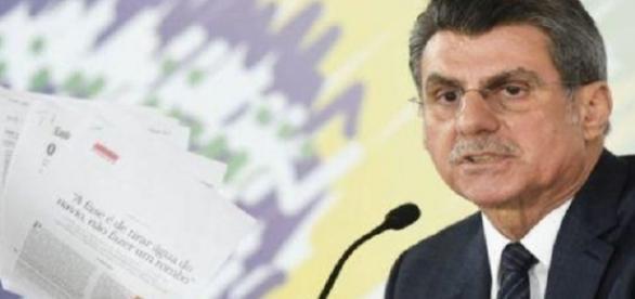 Ministro brasileño renuncia temporalmente