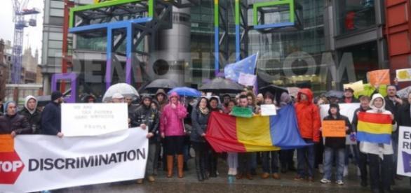 Românii puși din nou la zid de ziariștii britanici
