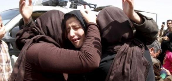 As estimativas dizem que mais de 3.000 meninas yazidis permanecem em cativeiros do Estado Islâmico