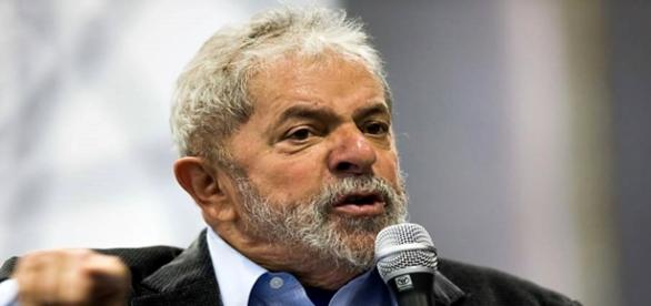O ex-presidente Lula e o PT apoiam novas eleições
