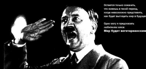 Adolf Hitler durante uno de sus encendidos discursos.